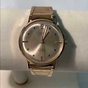Vintage Timex 21 Jewels waterproof windup watch